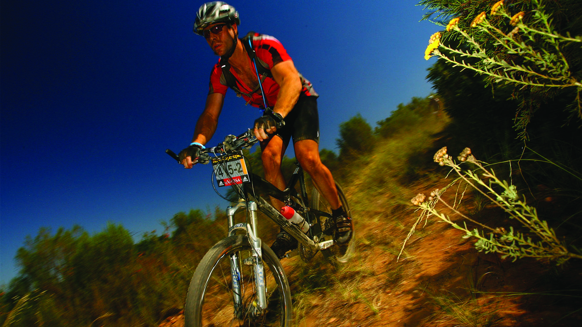 cape-epic-concentrating-downhill